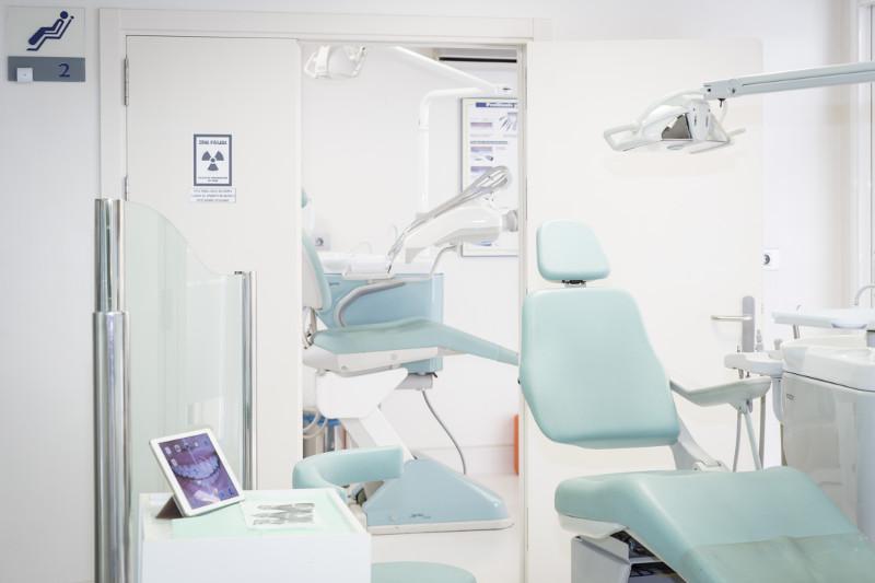 Clínica Dental en La Laguna - Sillón dental