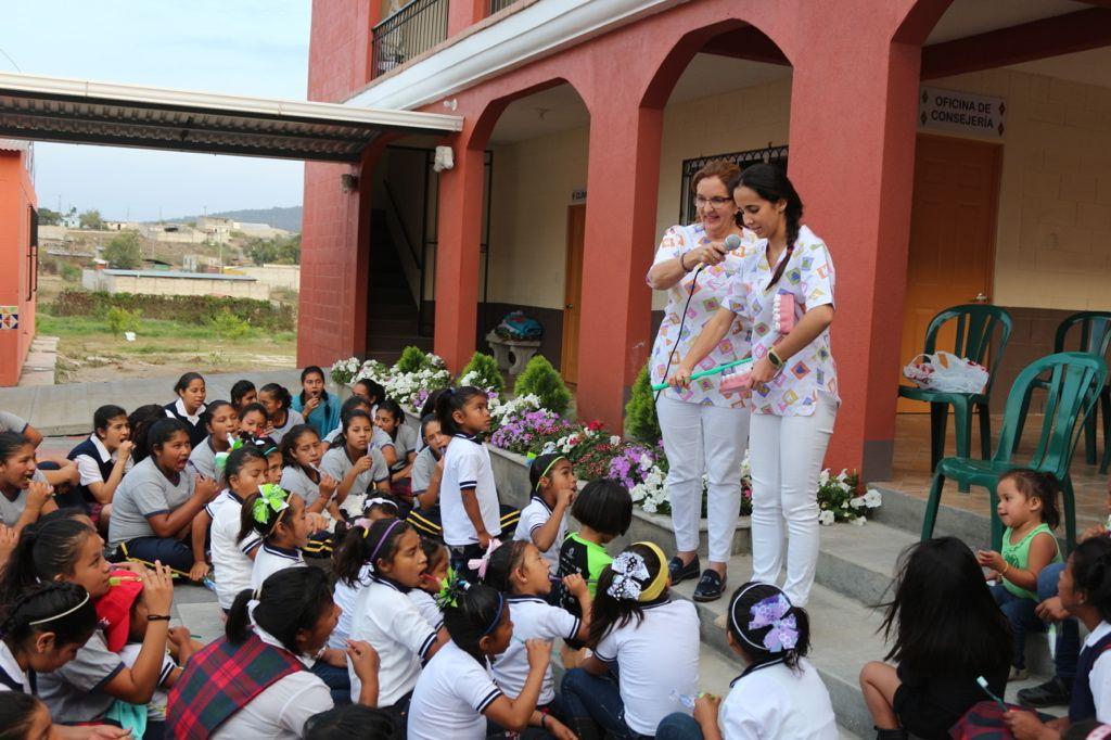 Compromiso social de la clinica Odontomet Villena