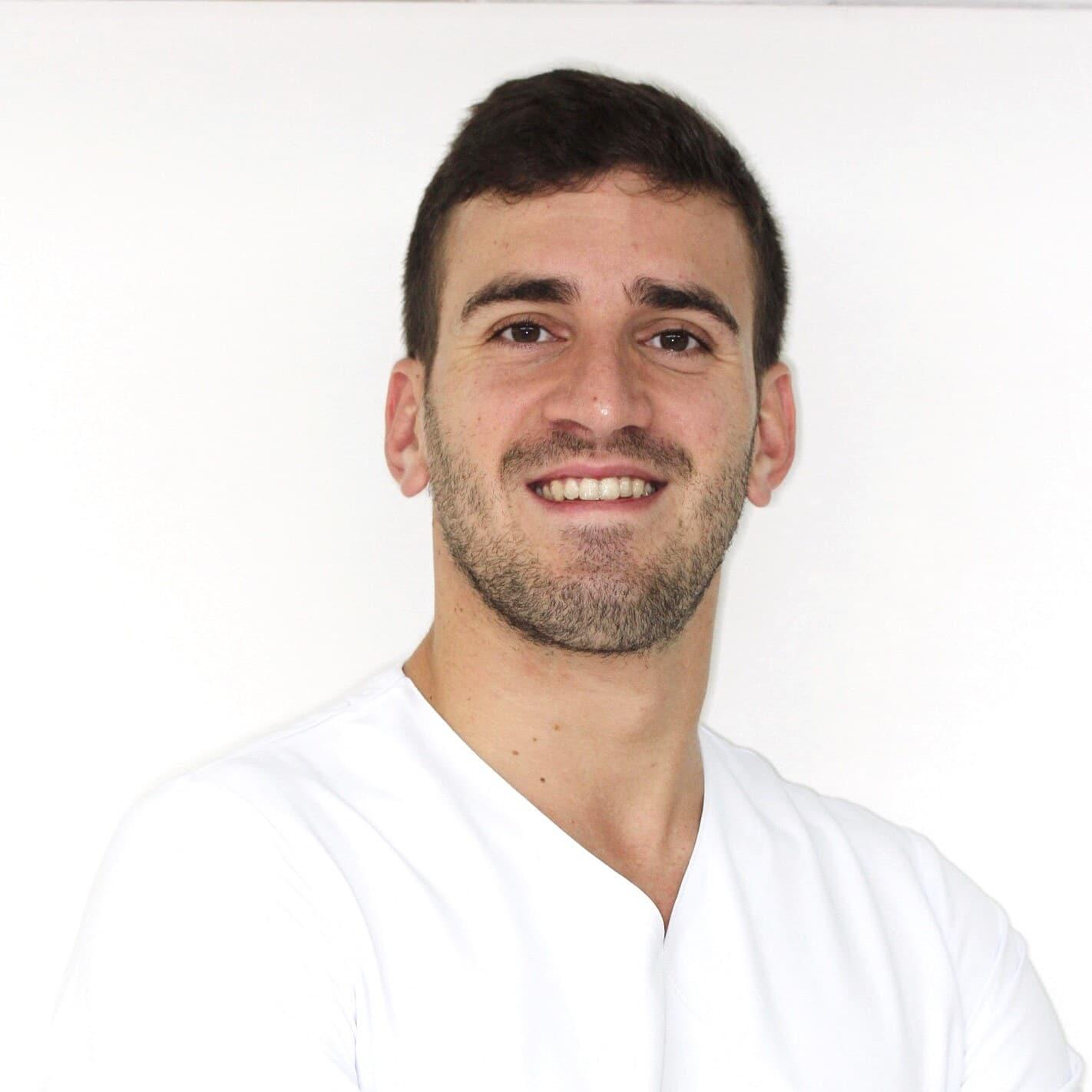 Luis Sancho - Especialista en Ortodoncia Infantil y Adultos