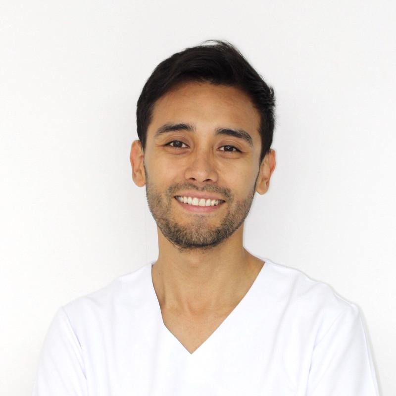Dentista en Tenerife - Dr. Jocelyn Loza Martínez