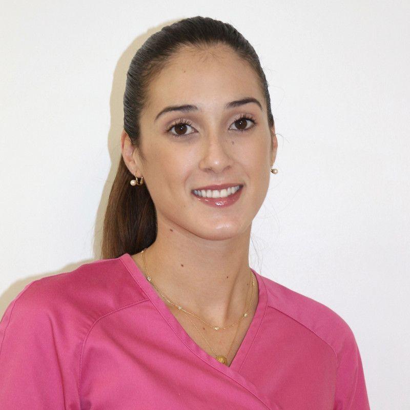 Dentista en Tenerife - Alba Jerez Padilla - Higienista dental